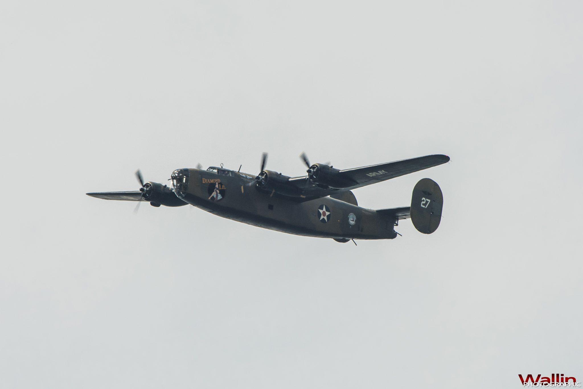arsenalofdemocracyflyover (17)
