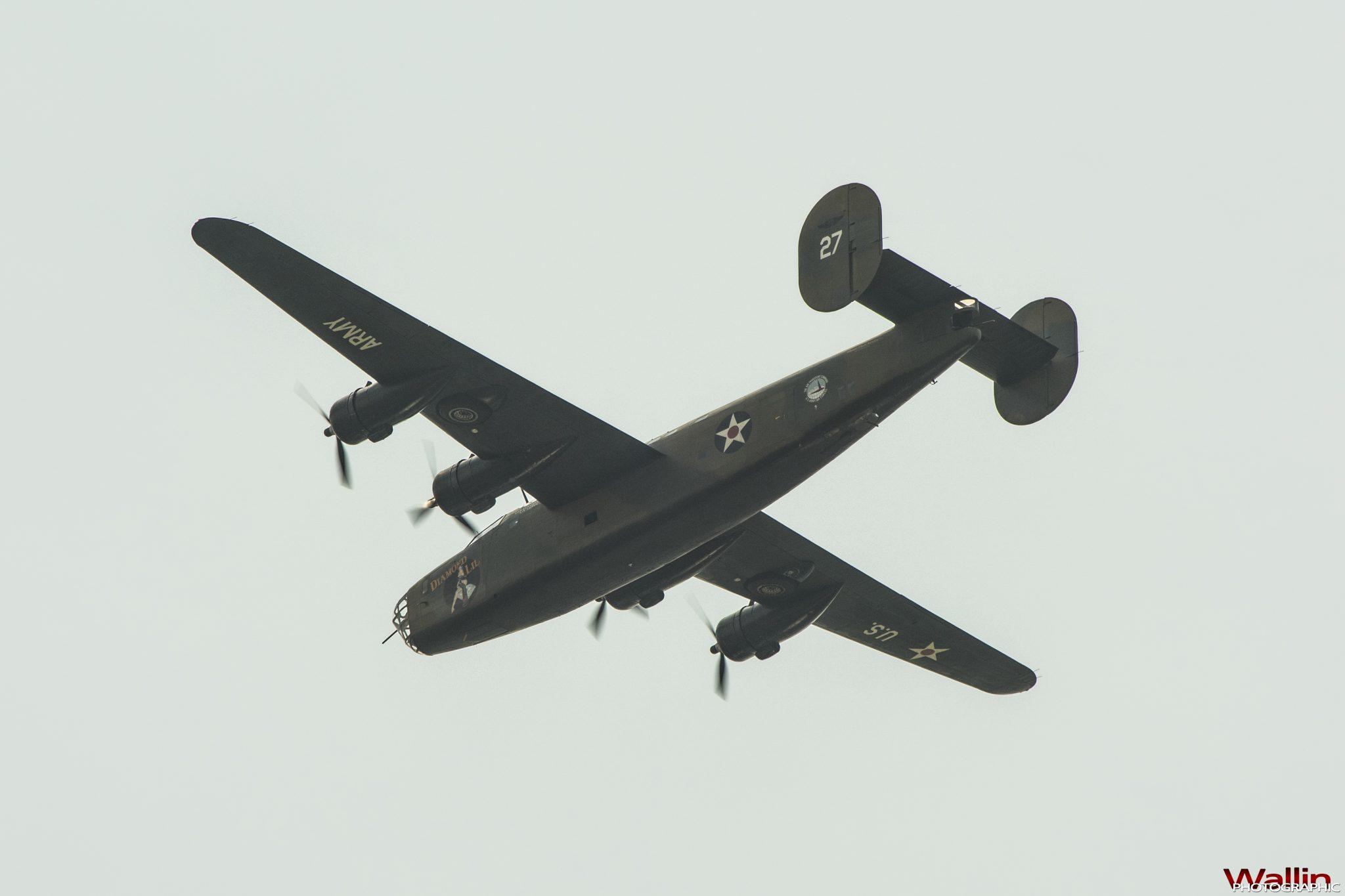 arsenalofdemocracyflyover (20)