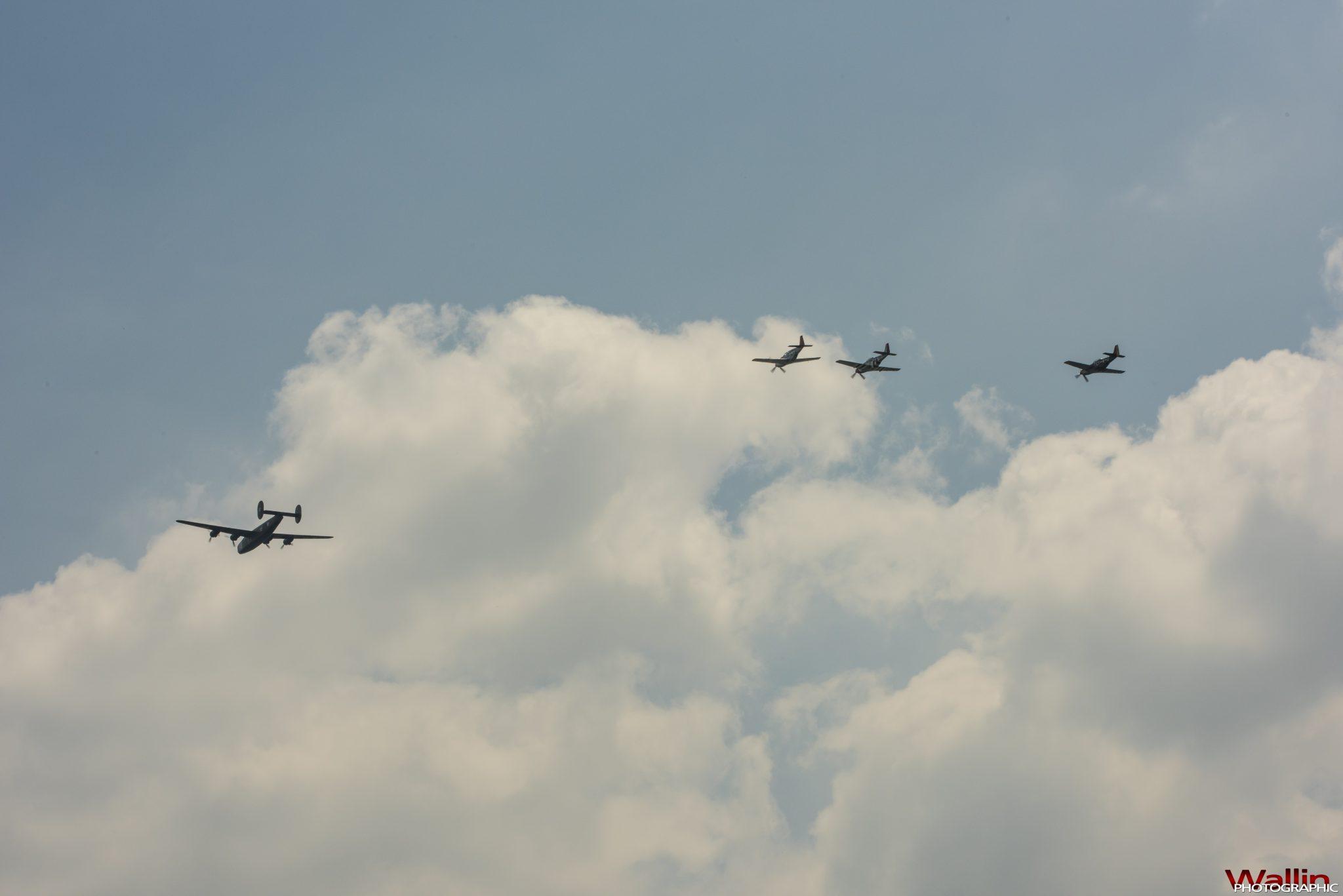 arsenalofdemocracyflyover (21)